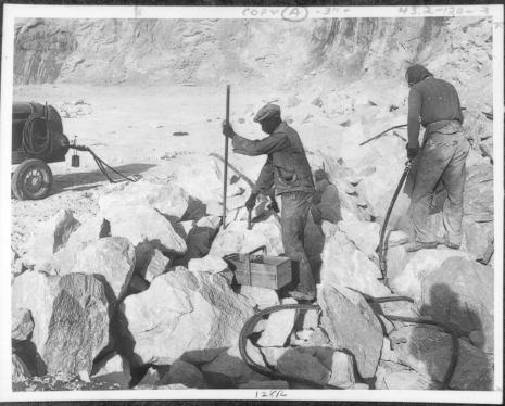 Beaver Dam workers 1959 5875017