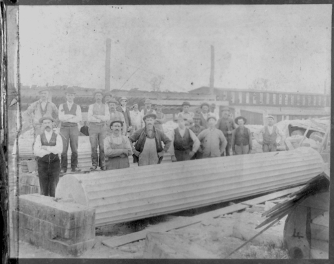 Beaver Dam workers c1890 14152012